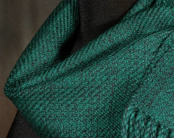 Hunter green tweed scarf / handwoven scarf / winter scarf / man's scarf / woman's scarf