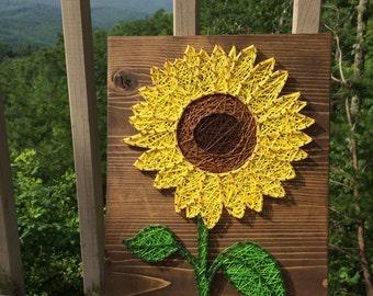 CUSTOM Small Sunflower String Art Sign, sunflower wall art, Flower Decor, Gift for Her, handmade art, Valentine's Day, Mothers Day Present