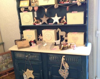 Upcycled Dresser Painted in Annie Sloan Paint