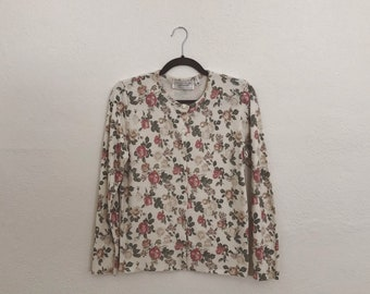 United States Sweaters Floral Cardigan (Small). United States Sweaters. Floral Cardigan. Vintage Cardigan. Vintage Floral.