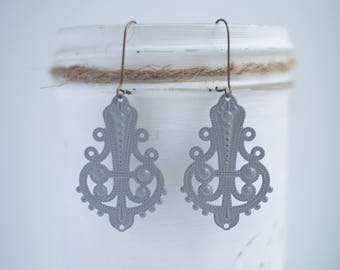 """NEW The """"Charly"""" Medium Teardrop shaped Filigree Earrings - Ultra Lightweight - Great for Gifts (22 colors)"""