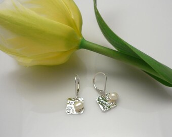 Silver square earrings and freshwater pearl, silver and pearl earrings, silver earrings, pearl earrings, real pearl and silver earrings