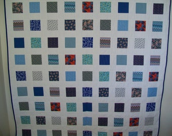 """Blue & White Patchwork Double Bed Quilt - 70"""" x 85"""""""