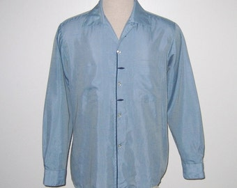 Vintage 1950s 1960s Blue Shirt / 50s 60s Blue Shirt / 50s 60s Blue Shirt With Navy Accents By Arrow Decton Shantussa - Size M