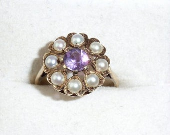 Vintage Sweetheart 9K Gold Pearls And Amethyst Cluster Ring
