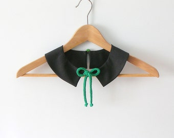 Black PeterPan Collar  with Green  Vintage Button Detachable Collar Black and Emerald