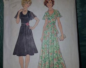 Vintage dress sewing pattern Simplicity 7382 seventies 1976 UNCUT size 14