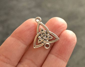 15 Celtic knot connectors antiqued silver plated, 19mm x 24mm in size
