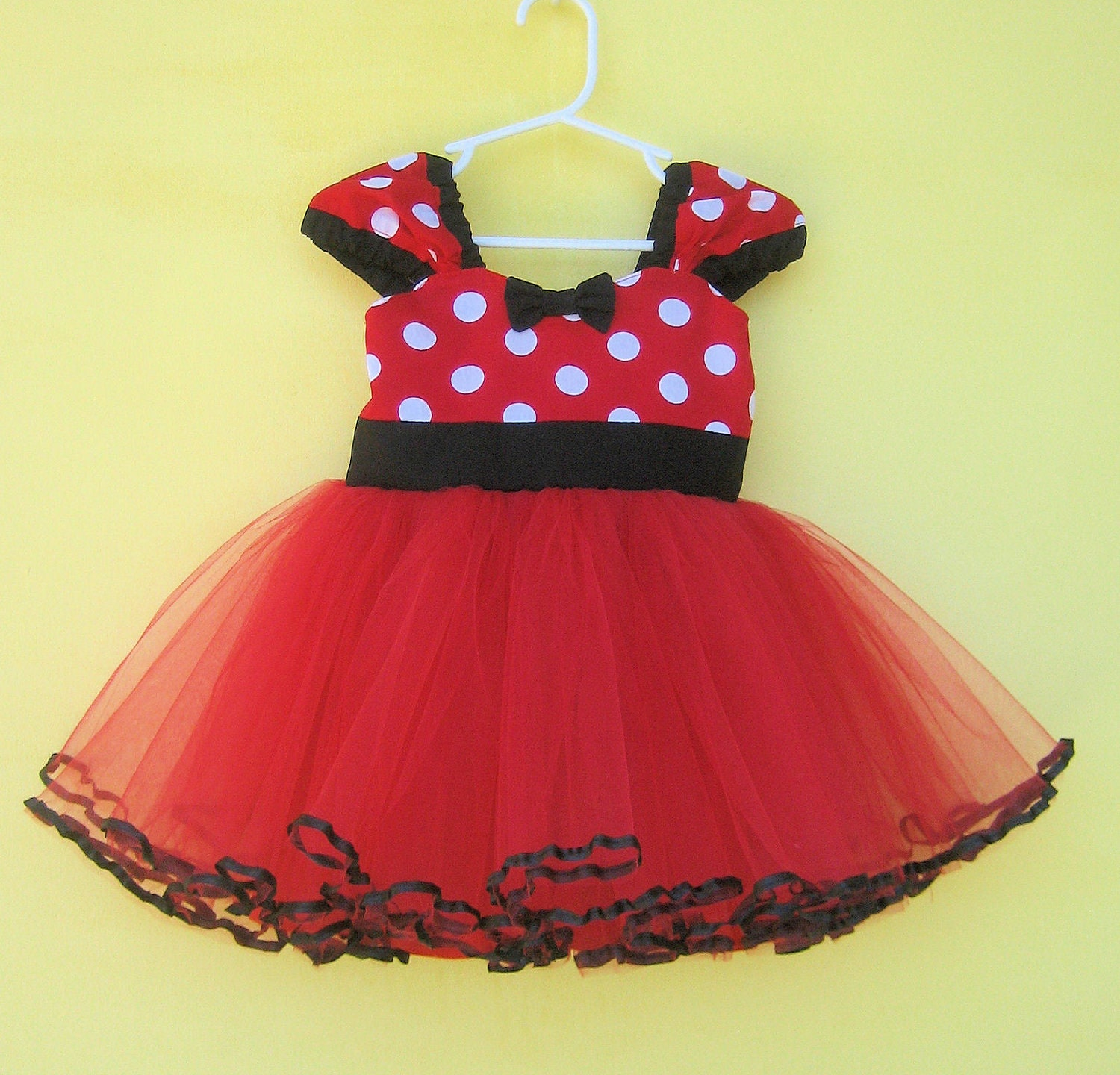?zoom  sc 1 st  Etsy & MINNIE MOUSE dress Minnie Mouse birthday outfit Minnie Mouse