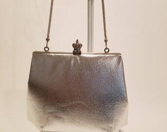 Vintage Metallic Silver Handbag/Purse