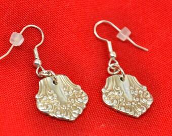 Spoon Earrings  Avon 1910