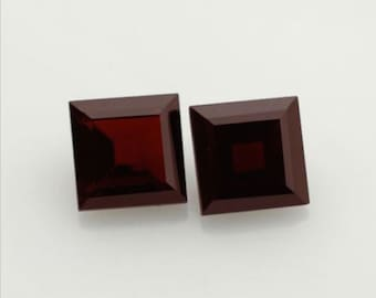 Natural Genuine Dark Red Garnet AAA Square Loose stone (2x2mm - 9x9mm)