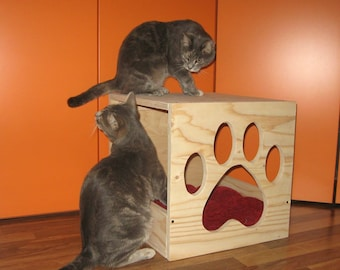 Cat houses, kennels for cats and dogs, articles for cats and dogs, animals, animal products, pet toys,