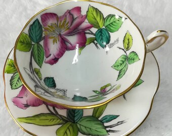 Artish signed Rosina handpaint vintage tea cup
