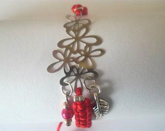 Macrame flower bracelet