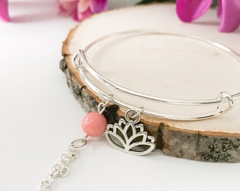 Expandable Lotus Charm Bangle Bracelet / Charm Bracelet / Silver Bangle Bracelet / Bangle Charm Bracelet / Cherry Quartz Dangle