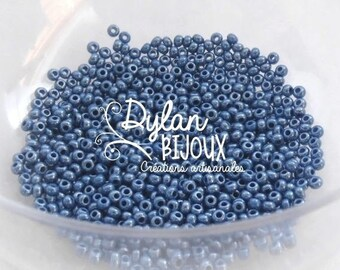 Pearly blue 2.3 mm 10/0 Preciosa Ornela seed beads 10 grams