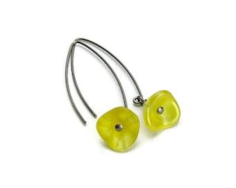 Niobium Earrings Yellow Flowers on No Nickel Niobium Arched Earwires, Hypoallergenic Earrings for Sensitive Ears, Buttercup Yellow Flowers
