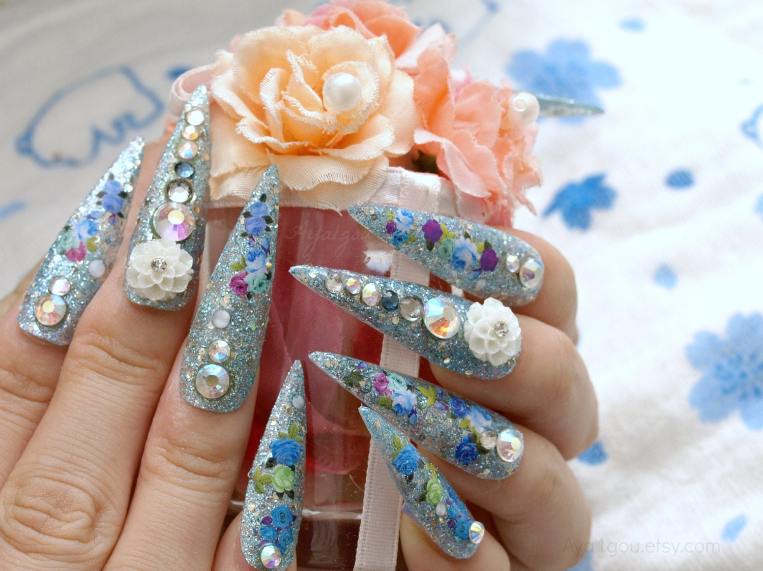 Stiletto nails super long nails bling Japanese 3D nail