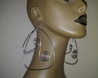 Uniquely Shaped Wire Earrings, Large Earrings, Long Earrings, Fashion Earrings, Dangling Earrings, Womens Jewelry, Big Earrings
