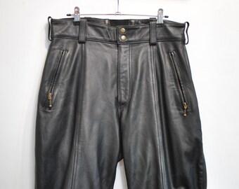 Vintage MOTORCYCLE LEATHER PANTS................(079)