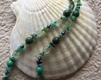 Nature green natural stone necklace