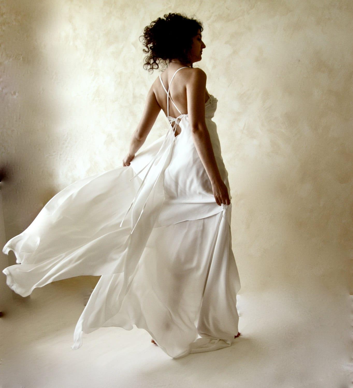 Wedding dress backless wedding dress silk dress open back