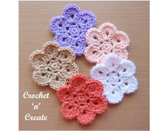 Curved Edge Flower Crochet Pattern (DOWNLOAD) CNC58