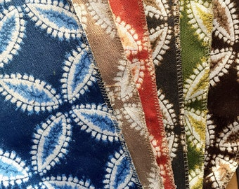 6 different colored fabric swatches