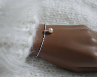 Pearl on silk wish bracelet bracelet Friendship bracelet Pearl