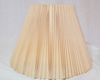 Pleated, bell shaped shade