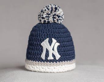 New York Yankees baby hat