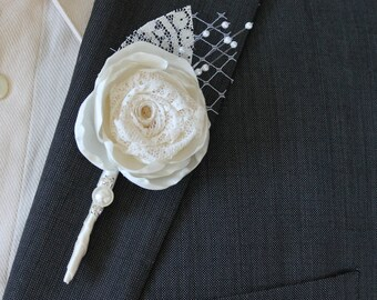 Ivory Wedding Boutonniere Grooms Boutonniere Groomsmen Boutonniere Mens Wedding Boutonniere  Wedding Accessories Ivory Boutonniere