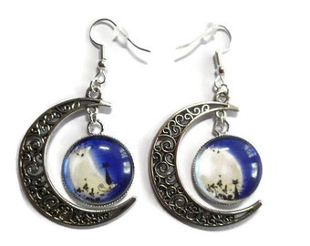 "Earrings / half moon openwork /pendentifs mismatched cabochons ""cat in the Moonlight"" / gift idea"