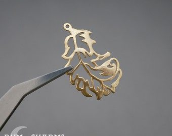 0245 - Pendant Connector, Matte Gold Plated, Natural Curvved Leaf Pendant, 2 Pieces