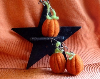 Needle felted wool pumpkins with natural stems