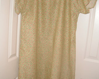 Tiny flowers and vines print cotton hospital gown