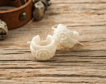 Hoop Earrings Hand Carved Flower Leaf Buffalo Bone Post Earrings Tribal Style - Gauges Plugs Bone - PE028 B G1