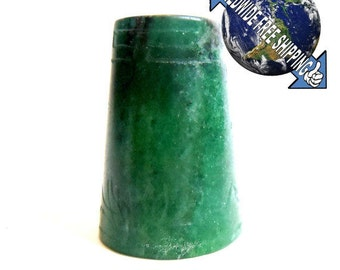 Collectors Thimble from green Aventurine round 1970 (832Fi281)