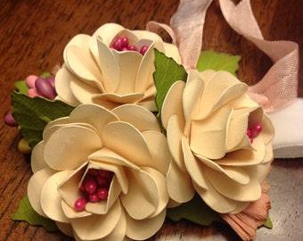 Corsage in Vanilla