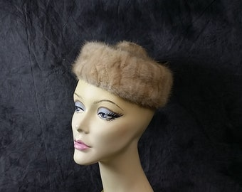 Vintage Mink Hat - Biege and Ivory Tones, Charlotte New York - Mink Pill Box Hat