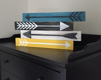 Distressed Wooden Arrows Art Set of Four