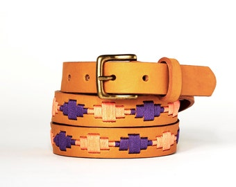 Argentinian leather polo belts - ORANGE VIOLET - Embroidered manually - Natural tanning - Woman model - Kamyno