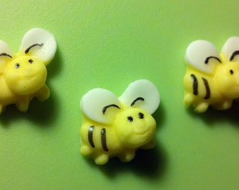Bees Fondant, Edible Bumble Bees, Fondant Bumble Bees, Fondant Honey Bees, Bee Cake Toppers, Fondant Bees