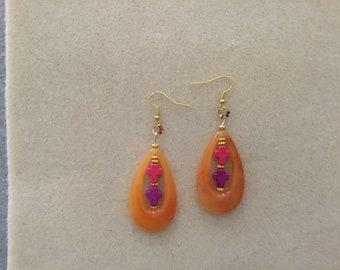 "3"" Ladies Dangle Teardrop Earrings."