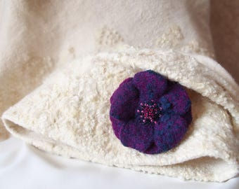 "Felted handmade pin ""Dusk Flower"""