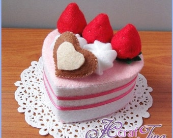 Heart-Shaped Strawberry and Cream Cake PDF pattern - Style 1