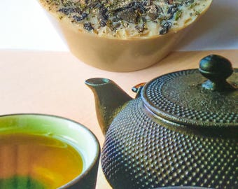 """Savon """"Greentea""""thé vert/menthe/beurre de cacao /benjoin de Siam naturel et bio."""