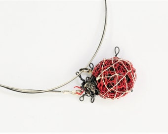 Ladybug jewelry, wire sculpture art, red necklace, ladybird, insect jewelry, modern hippie, Easter, Spring, Summer, birthday gift for her