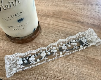 Tri Floral Lace Headband with Pearls